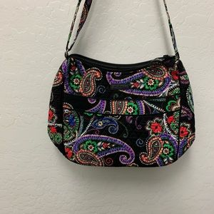 Vera Bradley Carry All Crossbody. EUC